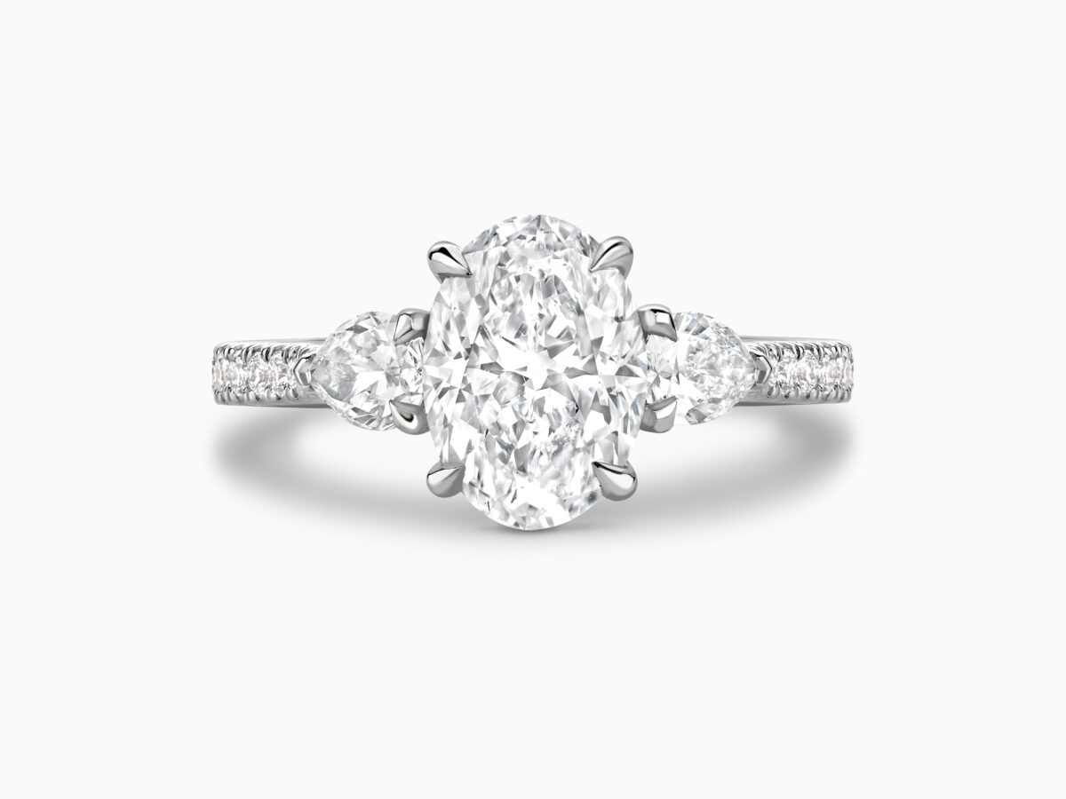 Oval and Pear cut diamond Trilogy ring