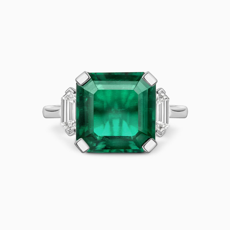 Emerald and bullet cut diamond art deco ring Front
